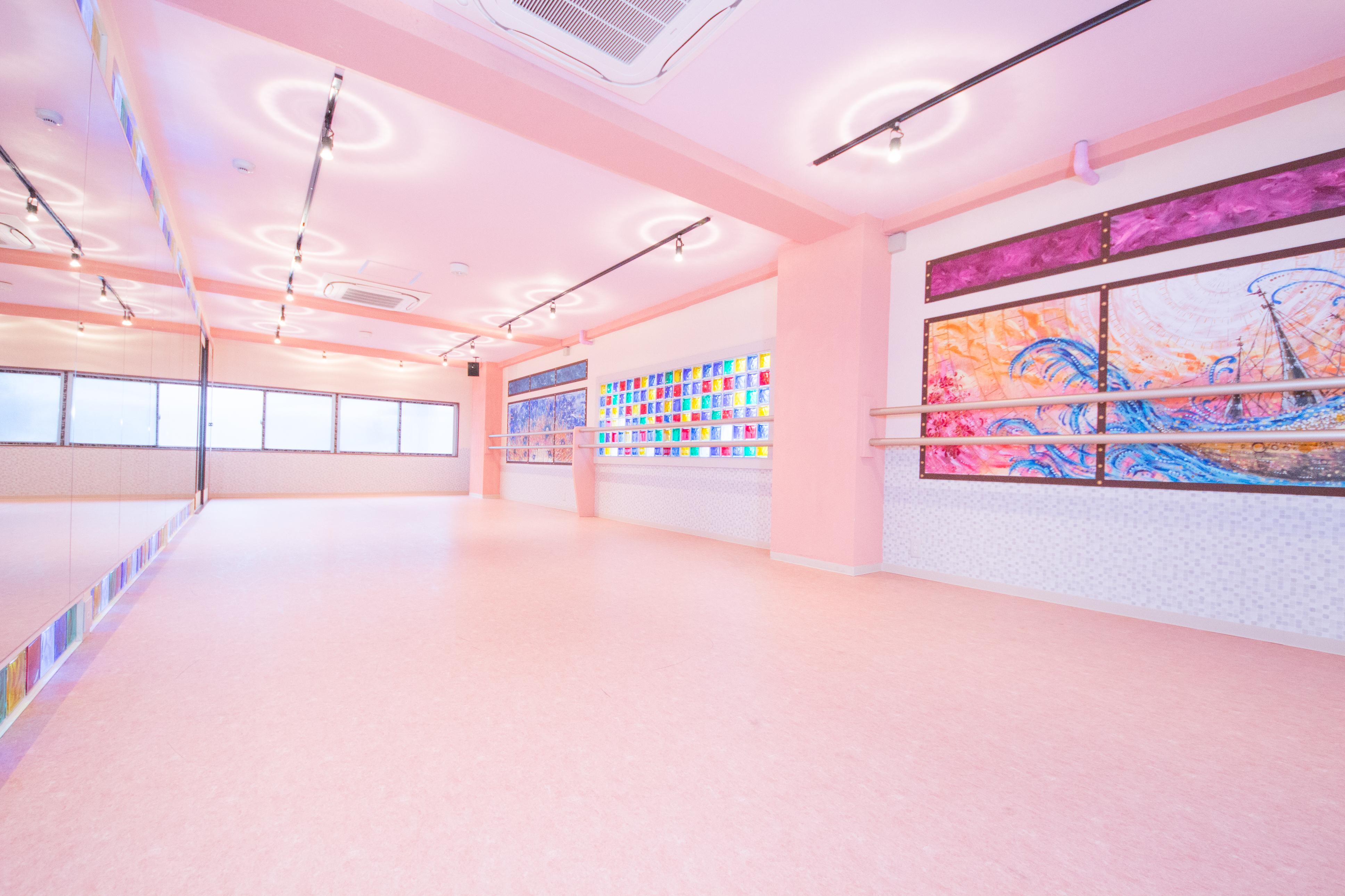 雰囲気の異なる2スタジオのイメージ