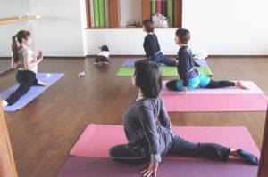 loveyoga_mama_yoga