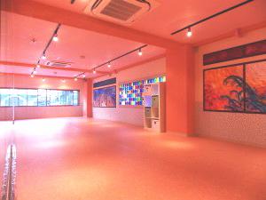 新宿だんすた3の画像 太陽の日差しも程よく入って、ガラスがキラキラ綺麗に輝いています♪