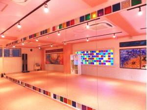 ダンスタ3 広々とした約12mの大きな鏡!!